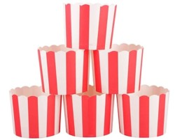 Webake Full Size Paper Baking Cups Red Cupcake Liners for Popcorn Cupcake