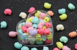 HoGadget Hello Kitty Acrylic Beads Pendants for DIY Jewelry Making Bracelet Necklace Handmade Gifts 100g Mix Color